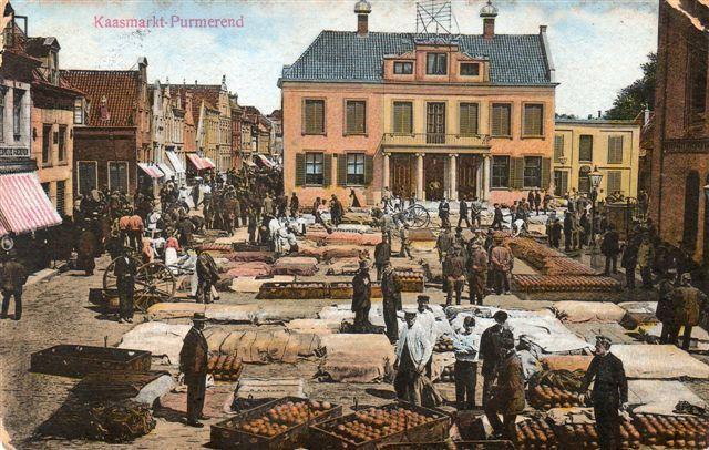 De Kaasmarkt in Purmerend, rond 1900