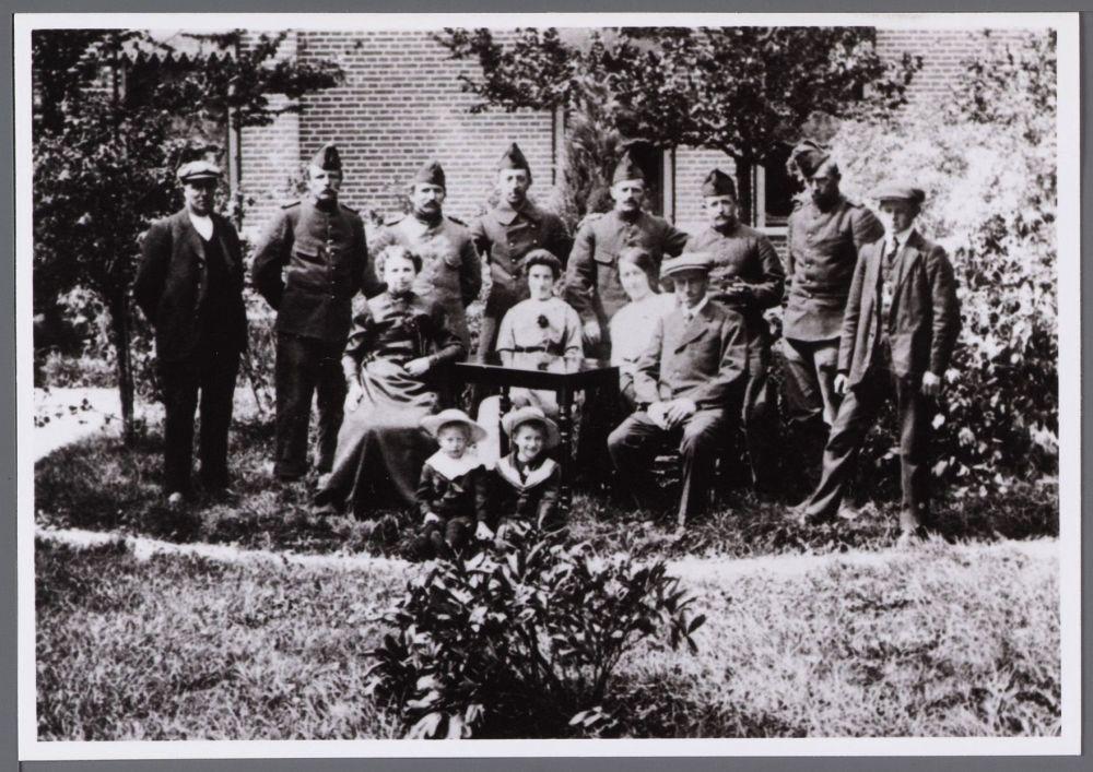 Soldaten ingekwartierd bij de familie Van de Lee in de Beemster