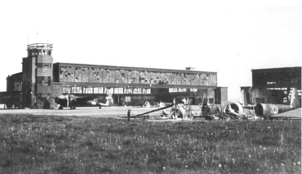Vliegveld Bergen.