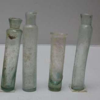 Haarlemmerolieflesjes gevonden in Heemskerk.