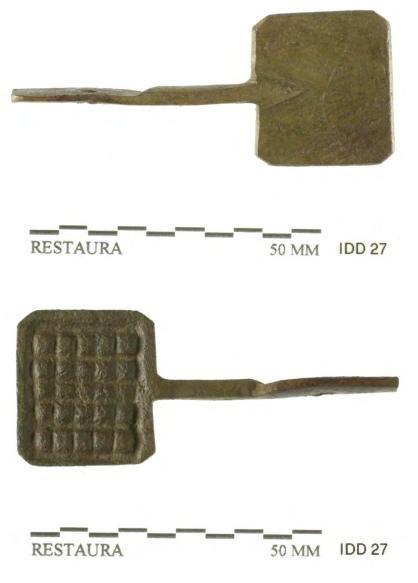 Speelgoed: miniatuur wafelijzer uit begin 18de eeuw.