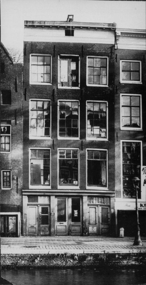 In het achterhuis van Prinsengracht 263 zat Anne Frank twee jaar ondergedoken.
