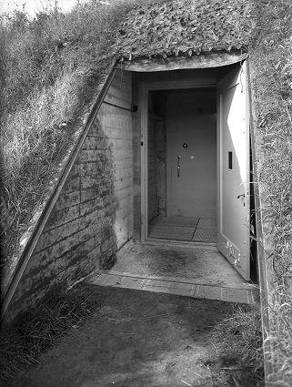 De bunker bij Castricum, met werk van onder andere Van Gogh