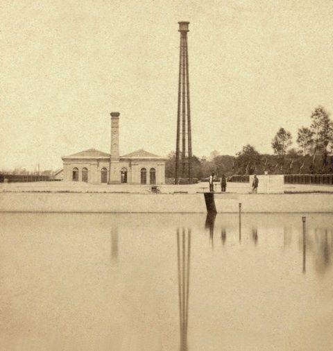 Andries Jager: het pompgebouw van de Amsterdamse duinwaterleiding aan de Leidsevaart bij Leijduin (Vogelenzang), ca 1870.