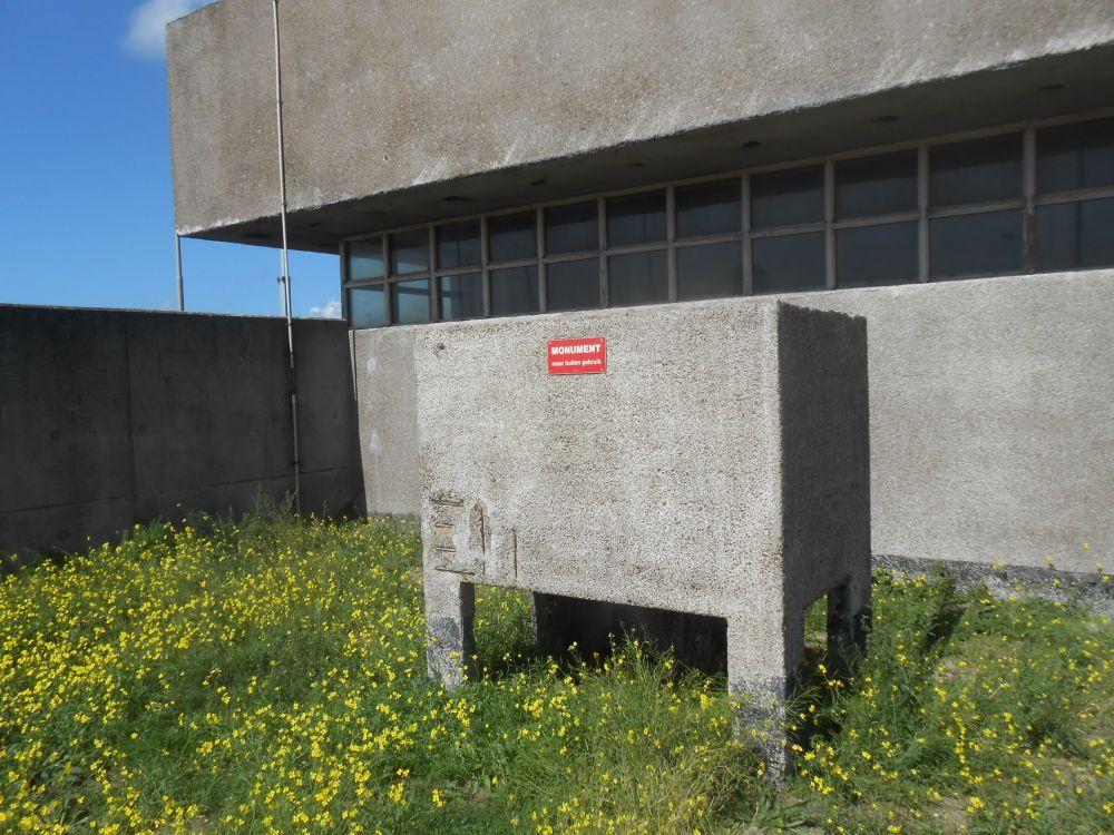 Het urinoir bij de Noordersluis dat het tot de gemeentelijke monumentenlijst heeft geschopt