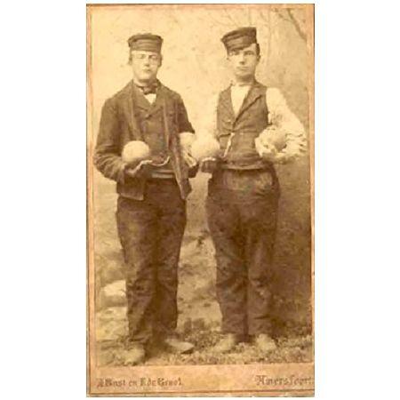 Gebroeders Westland, Huizer kaasventers.