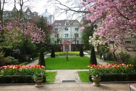 De tuin van de burgemeesterswoning in Amsterdam