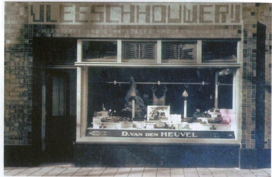 De nieuwe slagerij van Van den Heuvel, Nieuwstraat 14, 1927