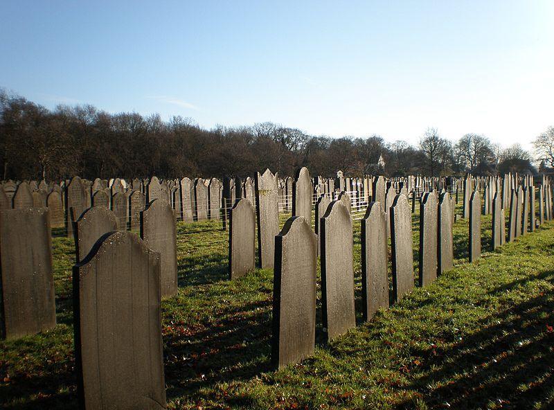 Joodse Begraafplaats in Muiderberg.