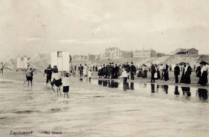 Het Zandvoortse strand anno 1900