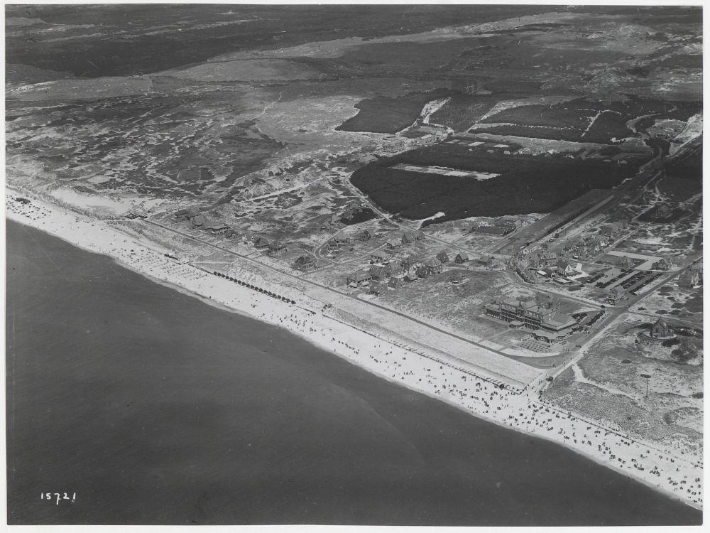 Luchtfoto Bergen aan Zee, 1938