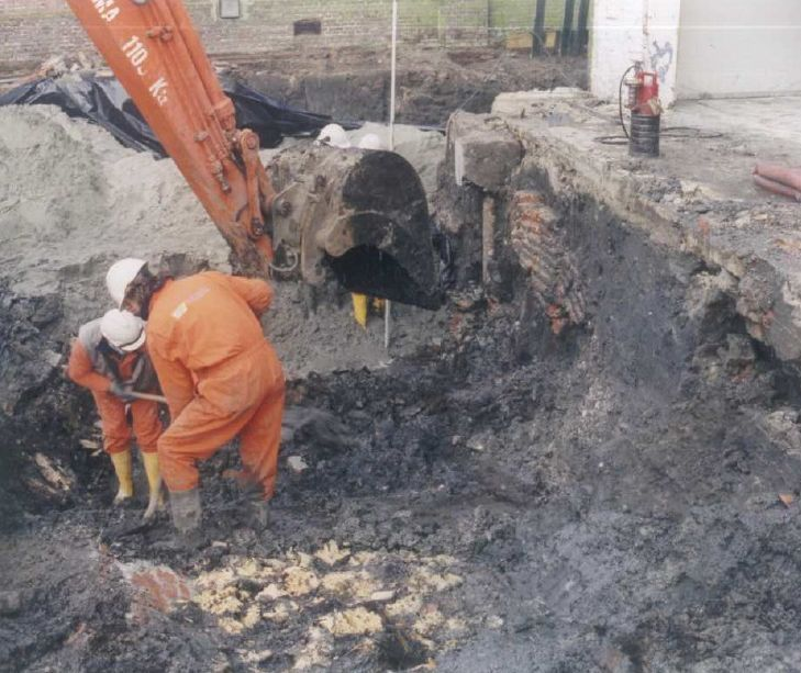 De opgraving van Slot Purmerstein in 1998
