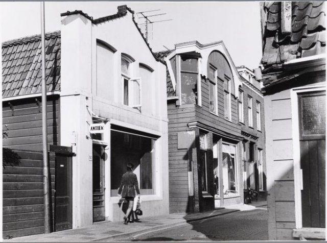 Hogendijk 50, plek van slagerij Honingh in 1970