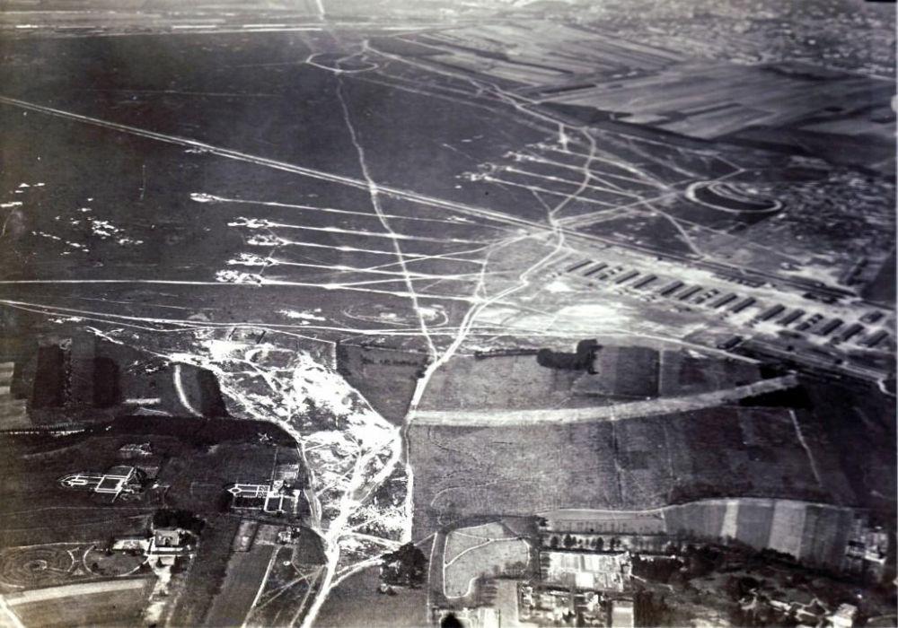 Legerplaats Crailo vanuit de lucht in 1925.