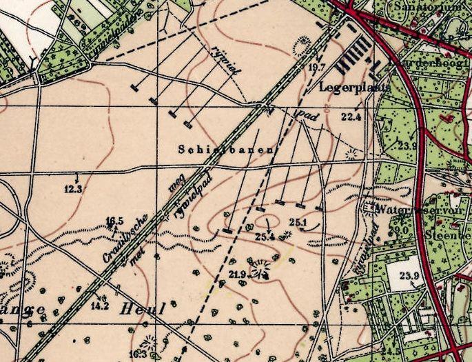 Legerplaats Crailo op een plattegrond uit 1931, gelegen onder Bussum.