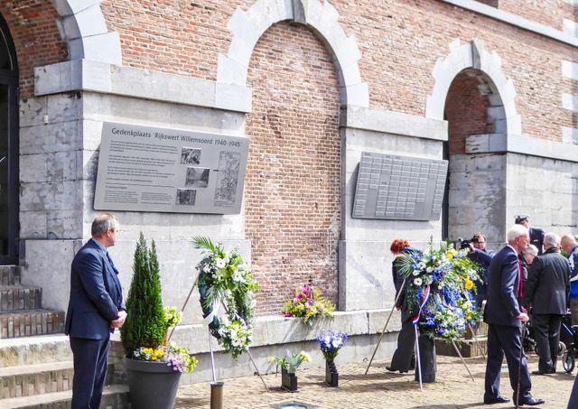 Onthulling van het nieuwe monument Rijkswerf 1940-1945.
