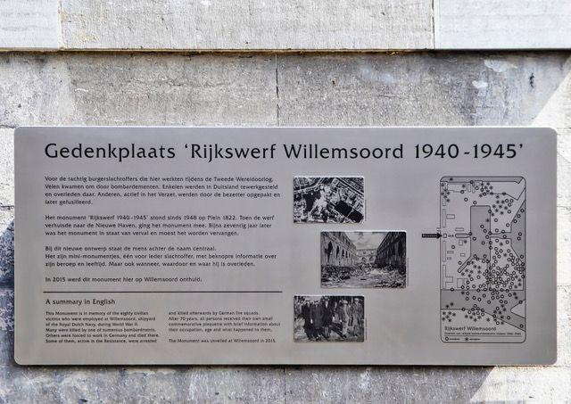 Het informatiepaneel met onder andere het verhaal achter het monument en de bommenkaart.