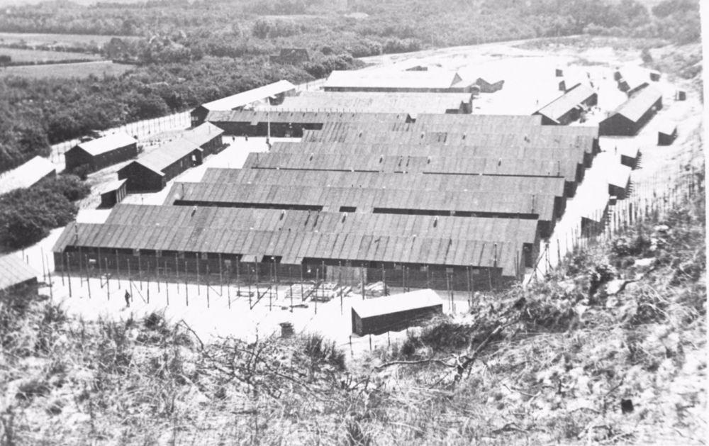 Een overzichtsfoto van kamp Schoorl.