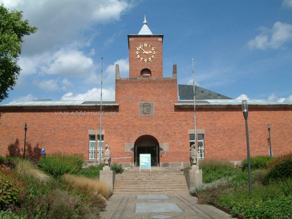Het Van Abbemuseum. Beeld: Wikimedia Commons.