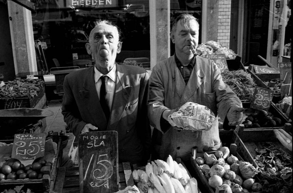 Groenteverkopers op de Albert Cuyp. Beeld: Stadsarchief Amsterdam