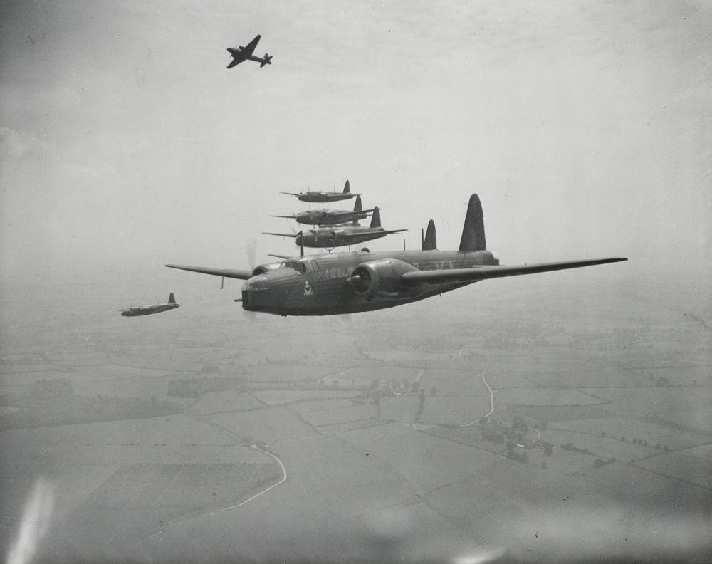 Vickers Wellington Bommenwerpers tijdens de Tweede Wereldoorlog. Beeld: Whatsthatpicture.