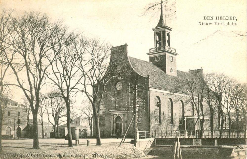 De Nieuwe Kerk in Den Helder op een ansichtkaart.