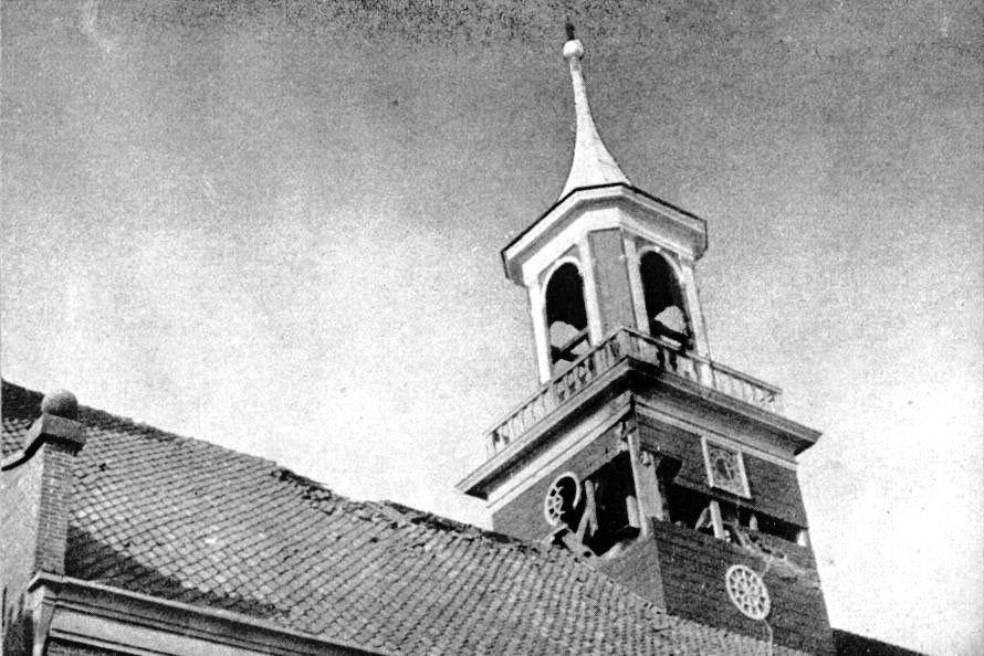 Nieuwe Kerk in Den Helder: oorlogsschade.